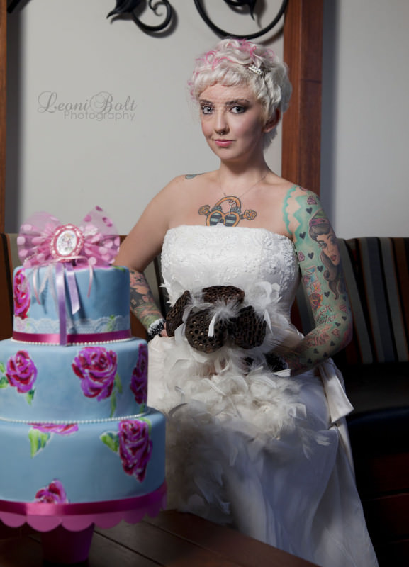 alternative cake with and bride